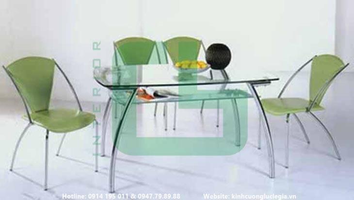 Mặt bàn kính cường lực