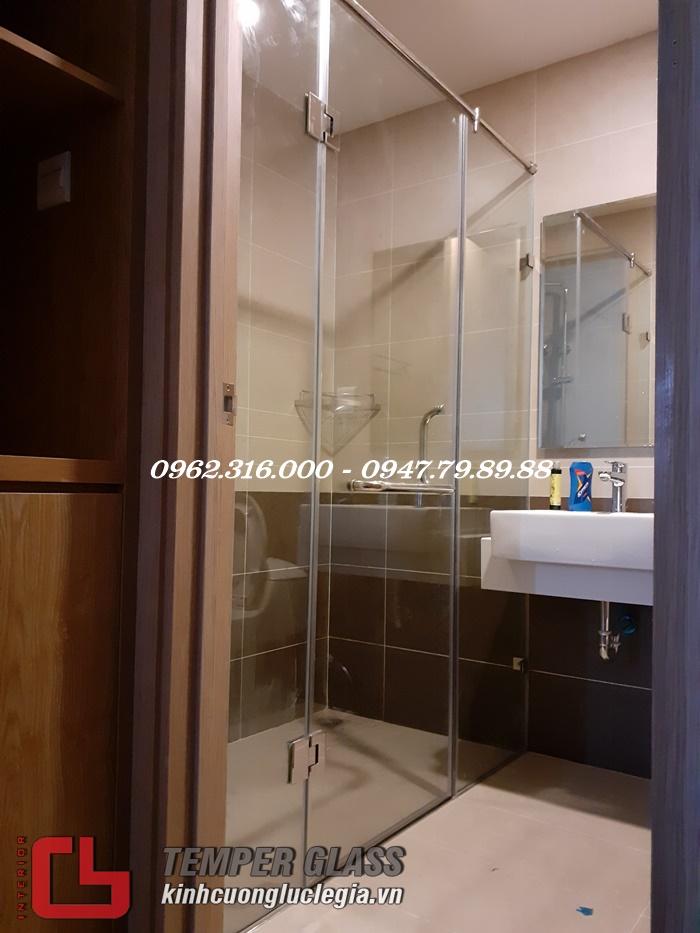 phòng tắm kính quận Tân Phú