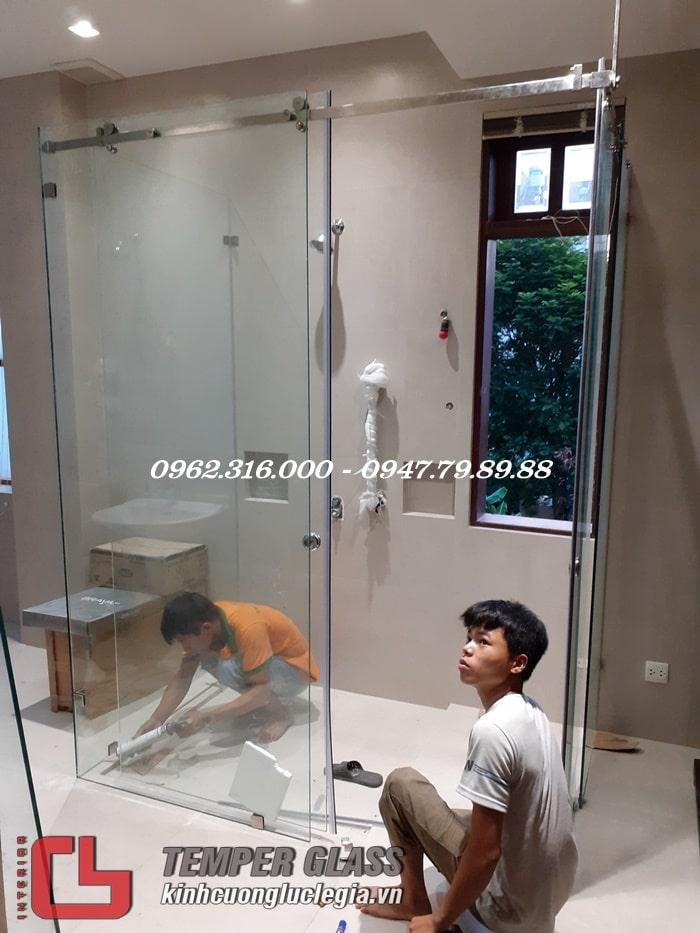 Thi công phòng tắm kính Quận Thủ Đức TPHCM
