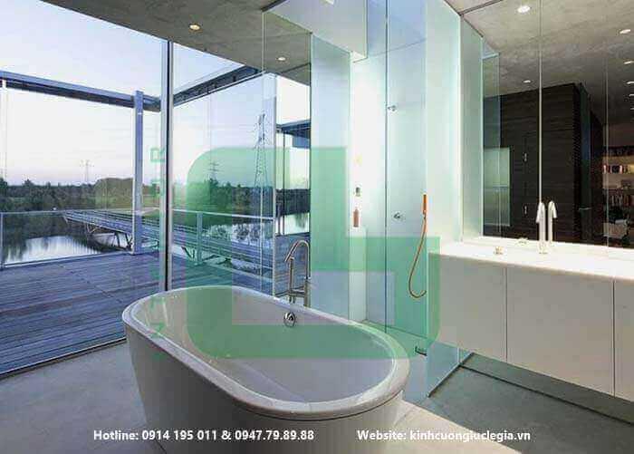 Vách ngăn kính phòng tắm giải pháp tối ưu cho căn phòng nhỏ