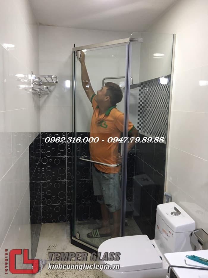 Thi công phòng tắm kính Quận 9 TPHCM