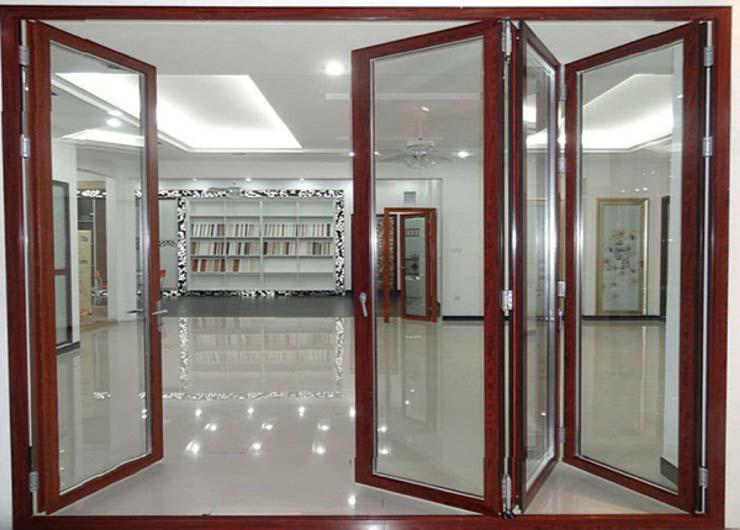 cửa kính cường lực khung gỗ 2