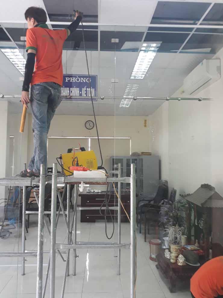 cửa kính cường lực lê gia glass cao cấp