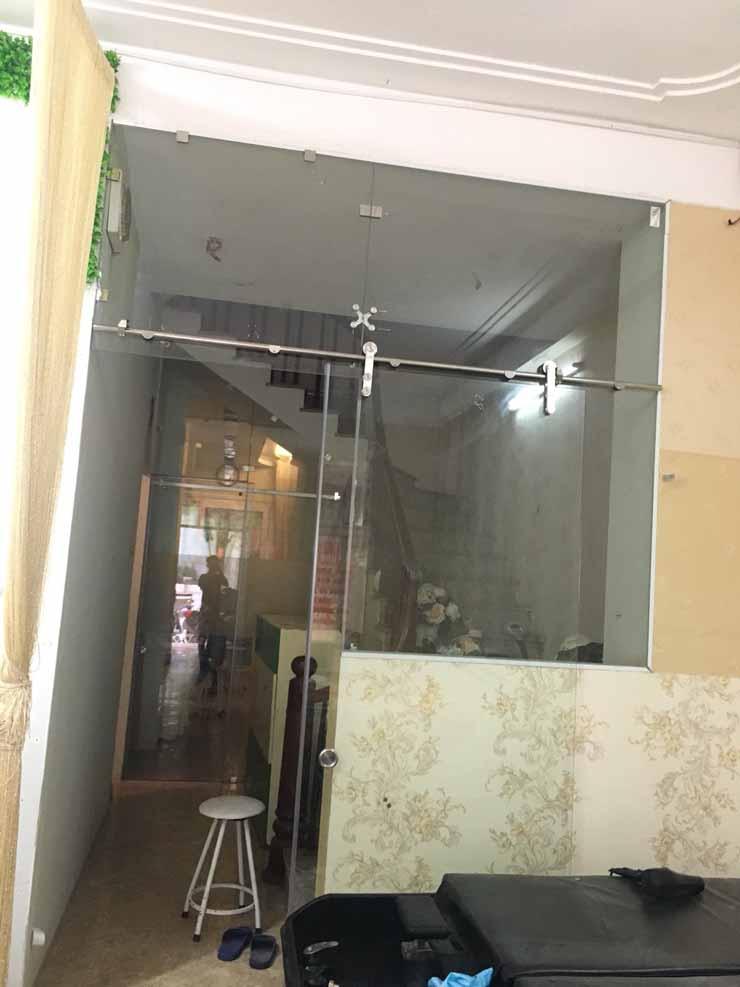 cửa kính cường lực tại Hà Nội