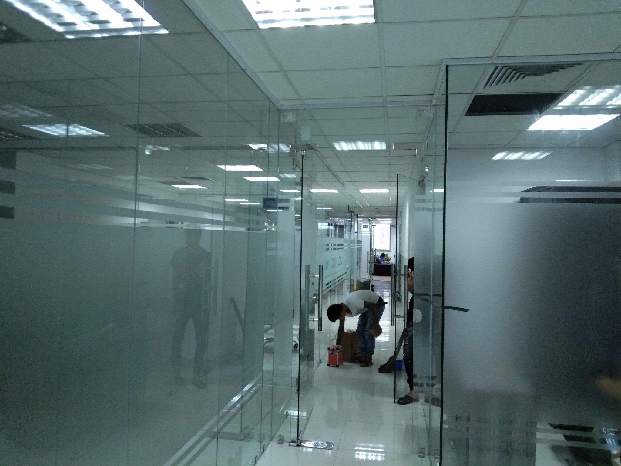 cửa kính cường lực tại Hà Giang