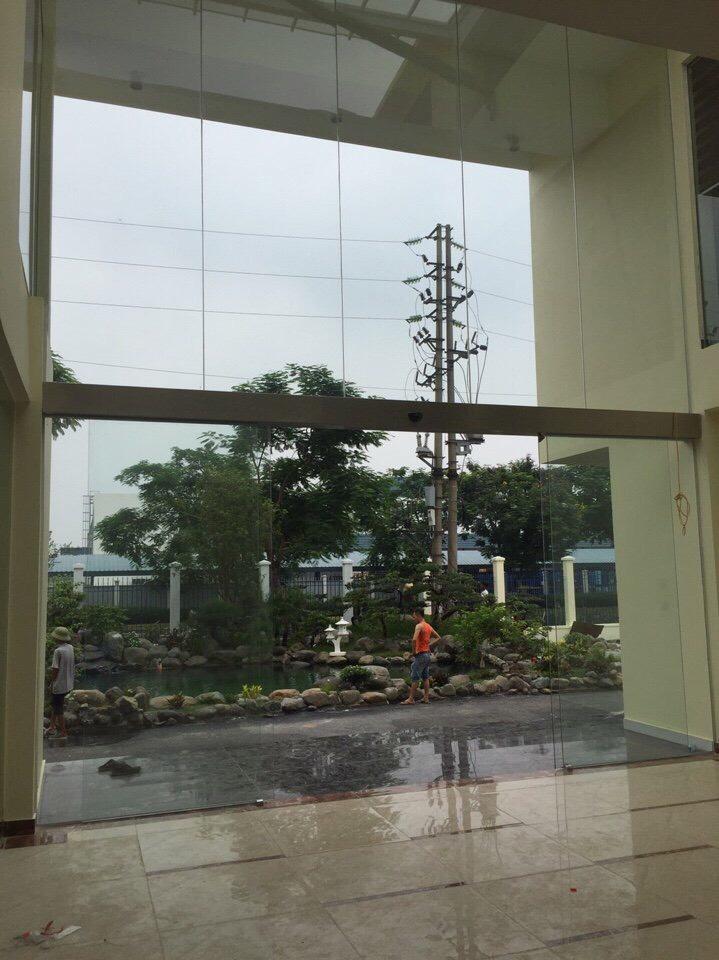 cửa kính cường lực tại Ninh Bình 1